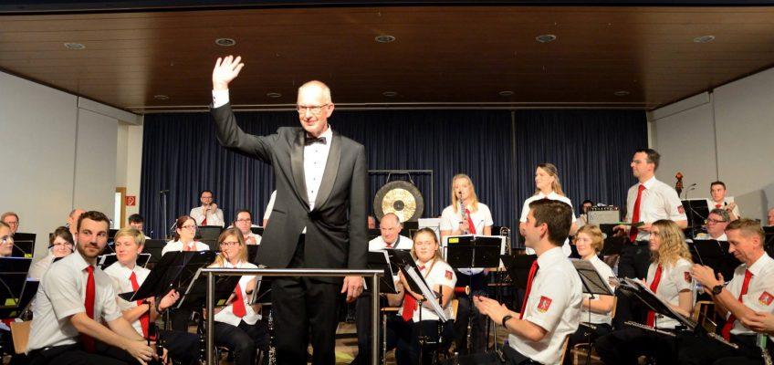 Als Gastdirigent war uns Jo Brouwers eine sichere Hand